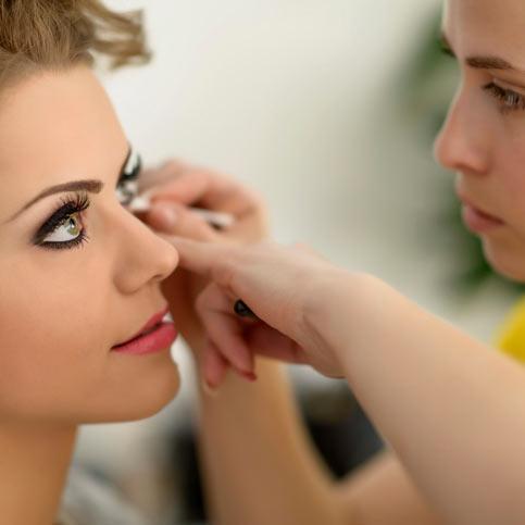 CAP esthétique BP esthétique et Bac pro esthétique - Maîtriser le maquillage