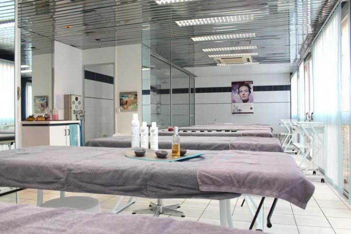 Ecole d'esthétique idf - Salle soin du corps